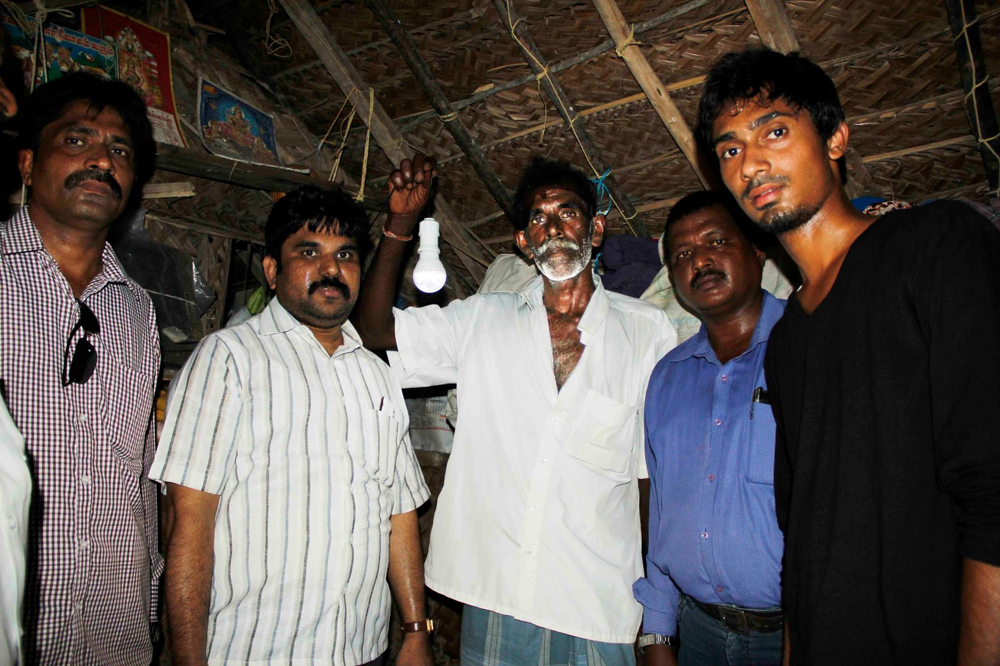 SOLAR RAMESWARAM Mission Update:  Portable SOLAR Lights
